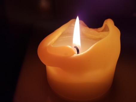 candle-1688473_960_720